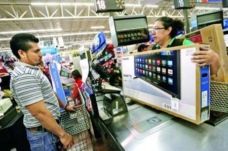 Walmart liderará ventas decembrinas, aseguran analistas