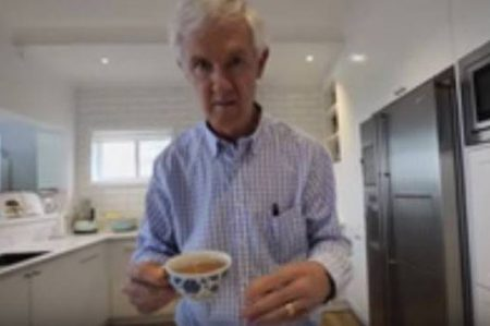 Enfermos de Párkinson realizan el reto de mannequin challenge (VIDEO)