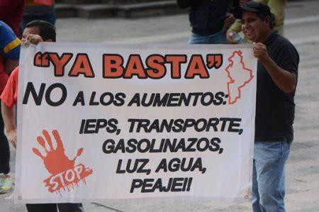 Continúan protestas por gasolinazo