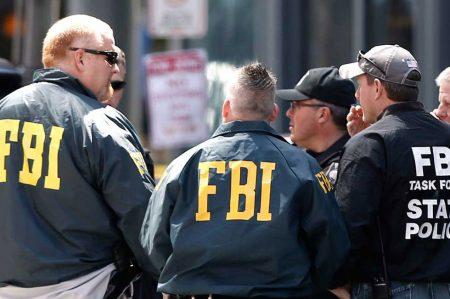 Busca FBI a pistolero que atacó a diplomático
