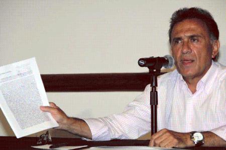 Denuncia Yunes que gobierno de Duarte aplicó pruebas de VIH falsas