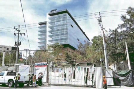 Estrena la ASF un edificio de mil mdp