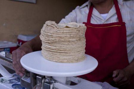 Fijarán en 17 pesos el kilo de tortilla en Sinaloa