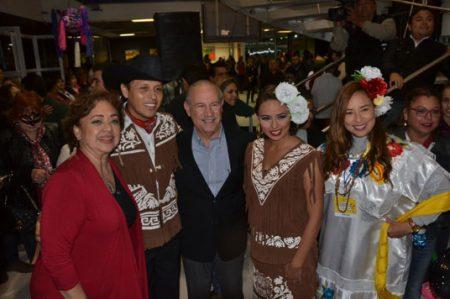 Resaltan valores culturales a través de las fiestas mexicanas