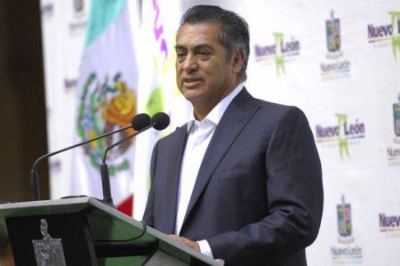 Afirma 'El Bronco' que publicarán Ley Electoral, pero no da fechas
