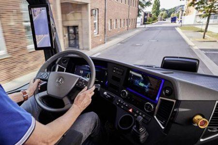 Pone ejemplo contra contaminación con camión eléctrico