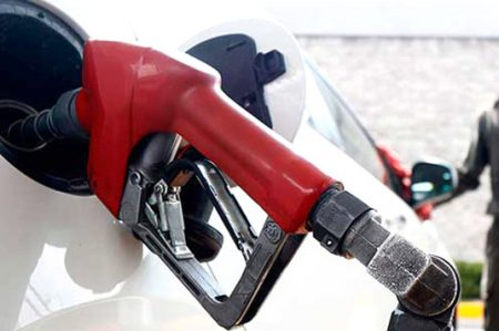 Diputados locales reciben vales para gasolina de hasta $20 mil