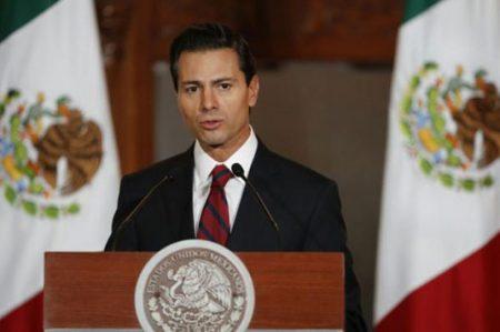Peña Nieto se reunirá con senadores este viernes en Los Pinos