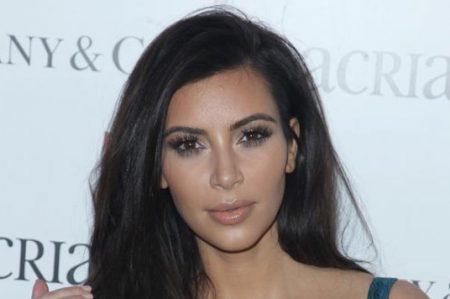 ¿Qué es la psoriasis? enfermedad que ataca a Kim Kardashian