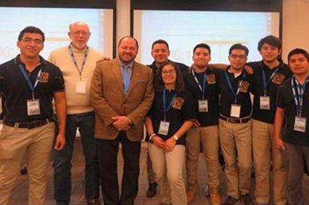 Alumnos de la UNAM ganan Petrobowl 2017