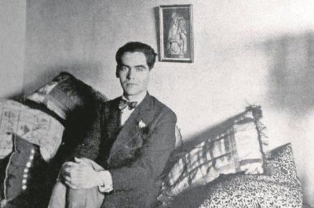 ¿Desenterraron los restos de Federico García Lorca?