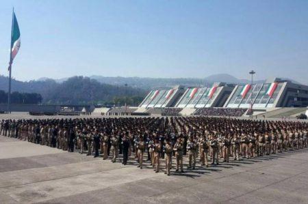 Inician mil 92 cadetes estudios de licenciatura