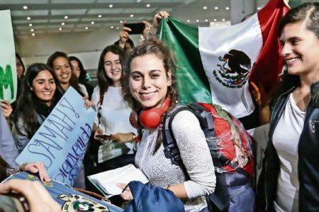 'Quiero estudiar y descubrir este país', dice estudiante siria