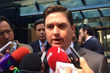 Rodrigo Medina denuncia persecución política