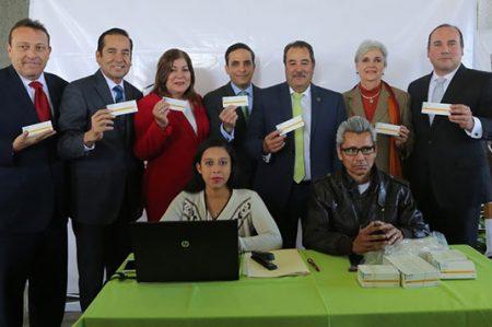 Comienza Congreso a distribuir tamiflu a personas con influenza