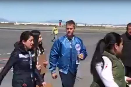 Captan en video llegada de Justin Bieber a Monterrey