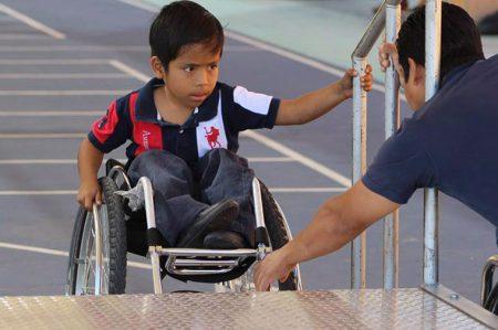 'Los niños con discapacidad saben que los muros se derriban con amor'