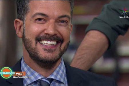Fernando del Solar anda de 'cerebrito' por la televisión