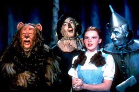 Judy Garland sufrió de acoso en 'El Mago de Oz'