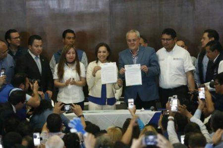 Vázquez Mota se registra como precandidata del PAN al Edomex