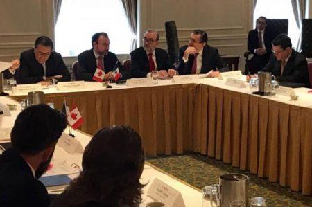 Videgaray y Guajardo se reúnen con empresarios y políticos en Canadá
