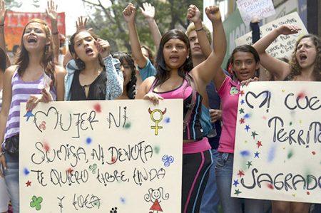 Diversas protestas conmemoran el Día Internacional de la Mujer