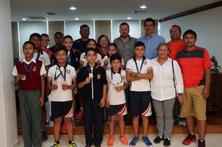 Juan Diego Guajardo reconoce talento de jóvenes deportistas