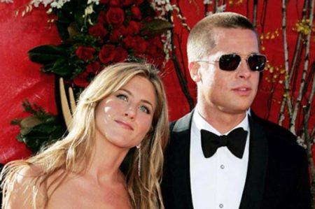 Aseguran que Brad Pitt está en contacto con Jennifer Aniston