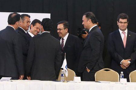 Continúa gira de Enrique Peña Nieto por Nuevo León
