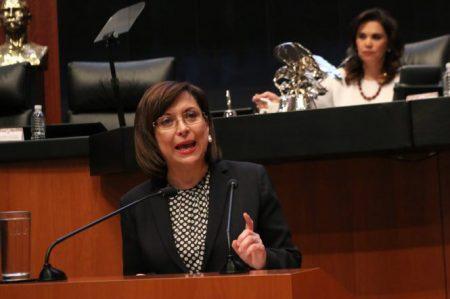 Propone Cristina Díaz incluir el contenido calórico en los menús