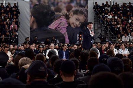 Critica Osorio Chong a quienes 'no creen en las instituciones'