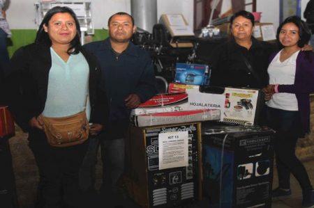 Ecatepec ayuda a migrantes deportados por Trump