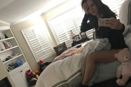 Kate del Castillo comparte foto desde la cama