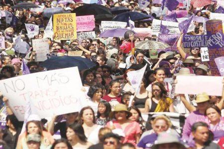 Mujeres protestarán contra violencia el 8 de marzo