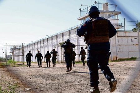 Se fugan hijo de 'El Azul' y lugartenientes de 'El Chapo'