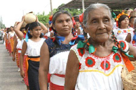 Traducen a lenguas indígenas Ley de protección a mujeres