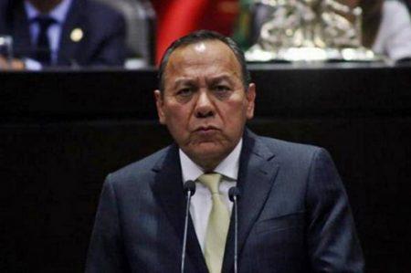 Zambrano exige a Escudero que respete decisiones del PRD