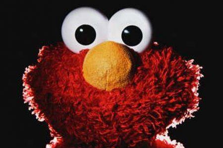 'Elmo', despedido en video que parodia recortes presupuestales en EU