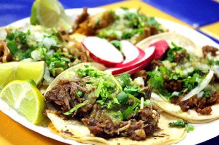 Hagamos una pausa, hoy se celebra en México el Día del Taco