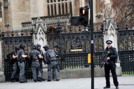 Policía de Londres solicita a testigos compartir información (FOTOS/VIDEO)