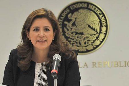 Senadora llama a sumarse a 'Paro Internacional de Mujeres'