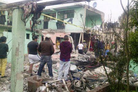 Dan de alta a tres de los heridos por explosión en Tultepec