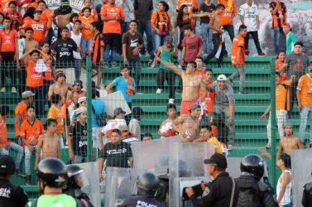 29 detenidos por agresión en el duelo Jaguares-Santos