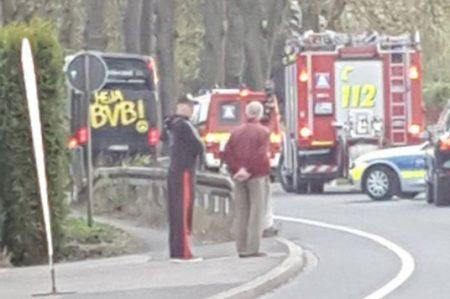 Reportan explosión en autobús del Borussia Dortmund; hay un jugador herido