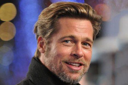 Brad Pitt socializa tras separación de Jolie