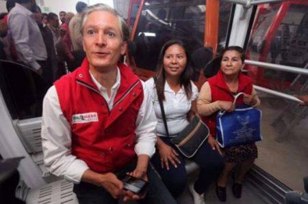 Del Mazo viaja en Mexicable de Ecatepec