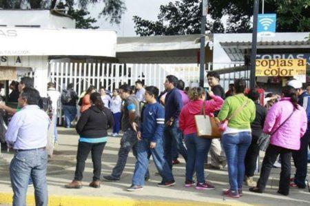 Impide Sección 22 evaluaciones magisteriales en Oaxaca