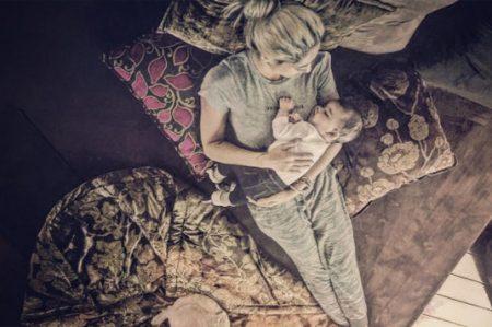 Bárbara Mori comparte foto junto a su nieta Mila