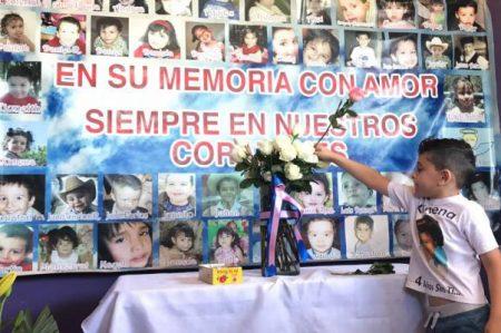 Con misa y globos recuerdan a niños fallecidos en la Guardería 'ABC'