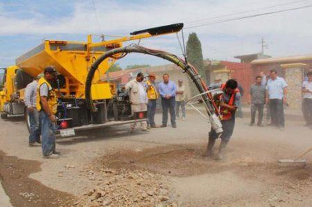 Con maquinaria de Nueva Zelanda, combatirán baches en Tamaulipas